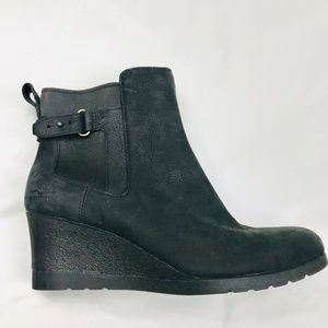 NEW - UGG Indra Waterproof Leather Boot